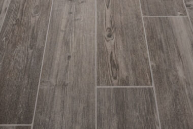 luxury-vinyl-plank-tile-1