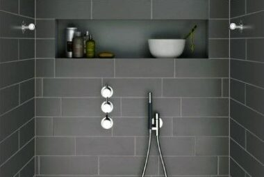 tiled-bathroom-showers