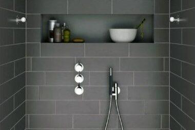 tiled-bathroom-showers